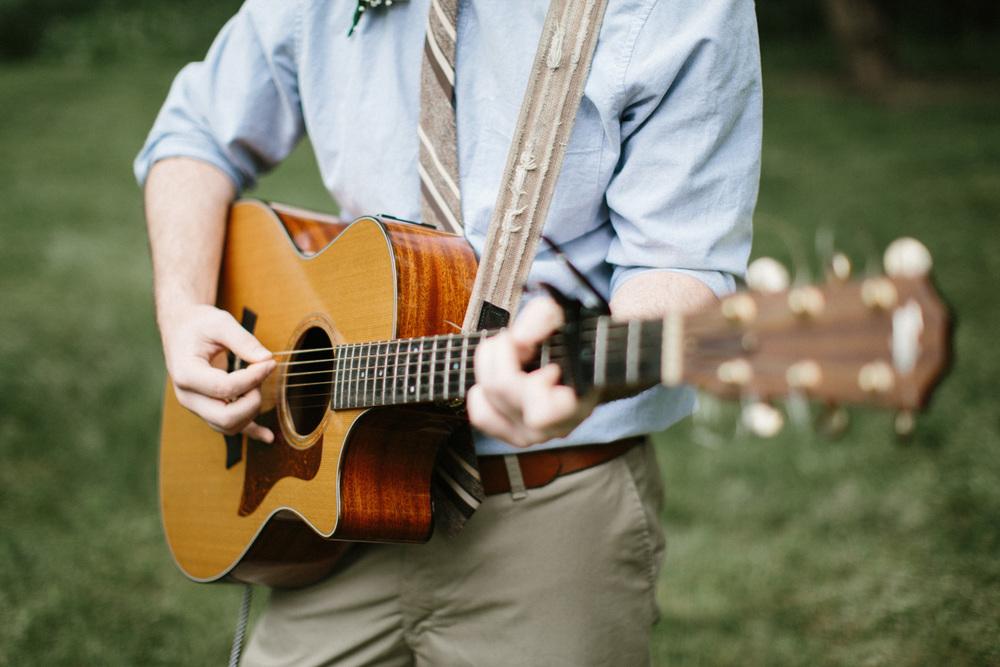 Outdoor_Wedding_SiouxFalls_MaryJoWegnerArboretum_Photographer_Calli&Jon_069.jpg
