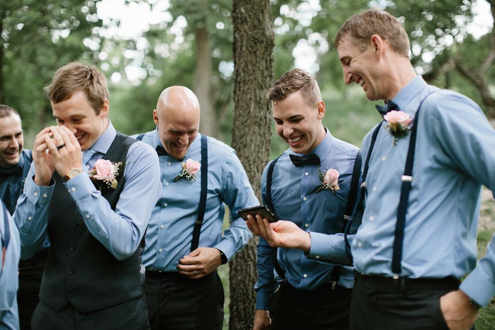 Outdoor_Wedding_SiouxFalls_MaryJoWegnerArboretum_Photographer_Calli&Jon_098.jpg