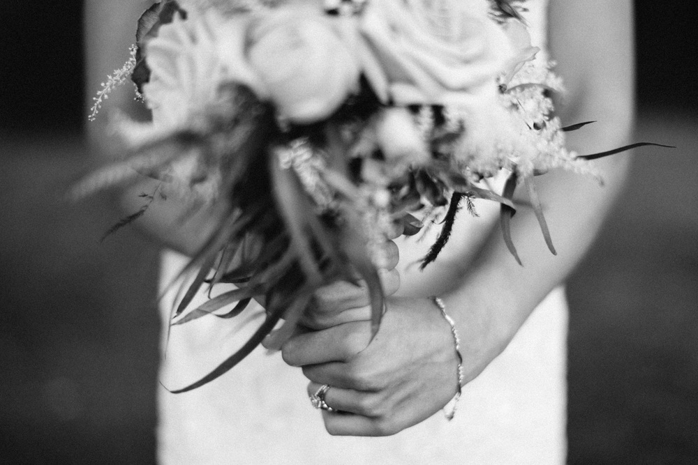 Outdoor_Wedding_SiouxFalls_MaryJoWegnerArboretum_Photographer_Calli&Jon_104.jpg