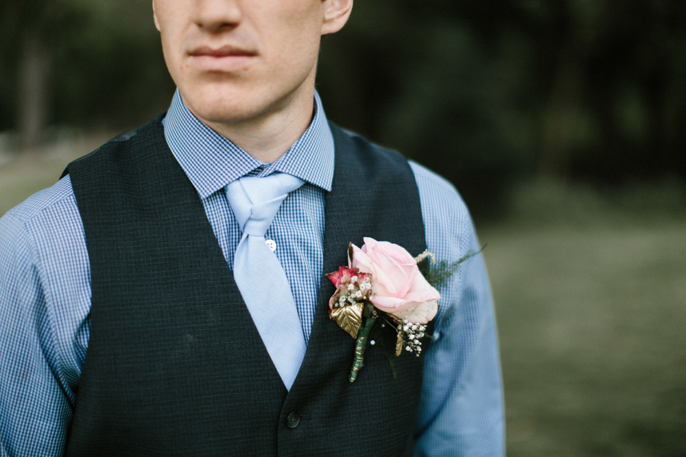 Outdoor_Wedding_SiouxFalls_MaryJoWegnerArboretum_Photographer_Calli&Jon_112.jpg