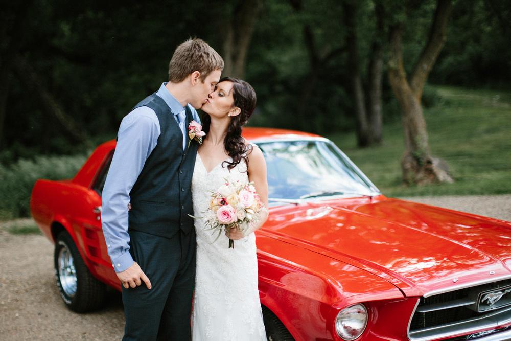 Outdoor_Wedding_SiouxFalls_MaryJoWegnerArboretum_Photographer_Calli&Jon_118.jpg