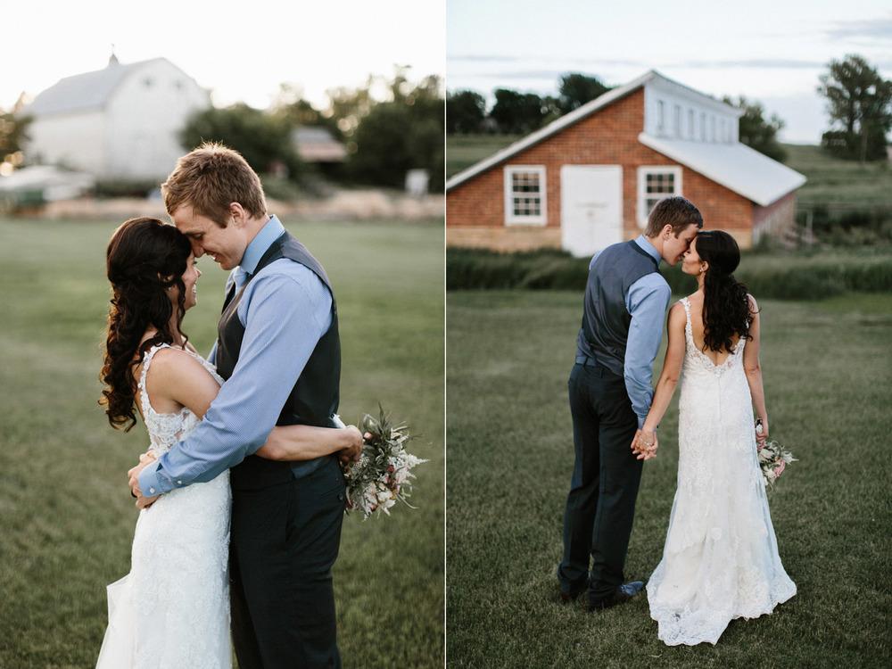 Outdoor_Wedding_SiouxFalls_MaryJoWegnerArboretum_Photographer_Calli&Jon_129.jpg