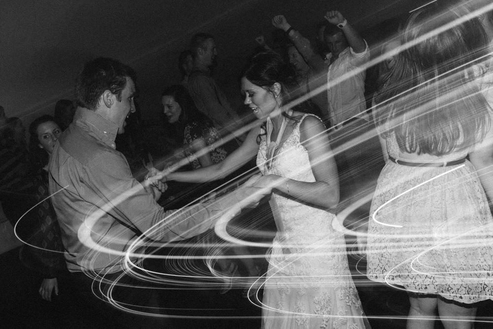 Outdoor_Wedding_SiouxFalls_MaryJoWegnerArboretum_Photographer_Calli&Jon_150.jpg