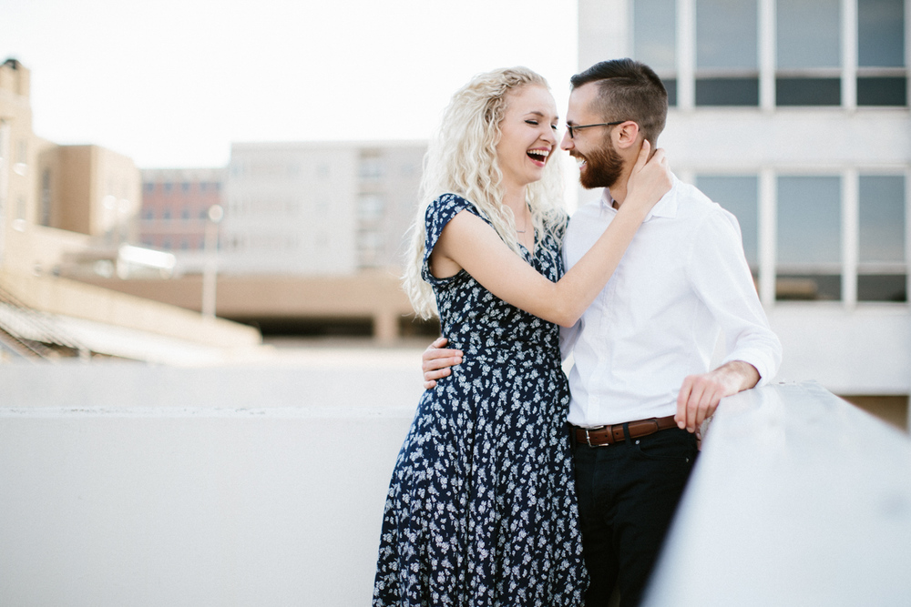 Downtown_SiouxFalls_Engagement_Photographer_Jenna&Austin_08.jpg