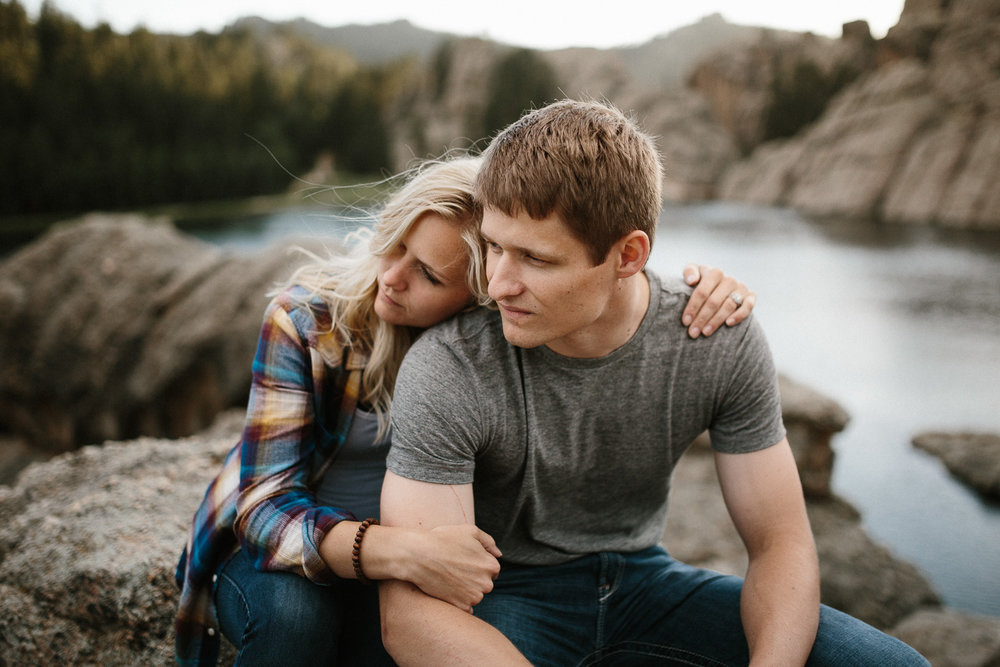 SiouxFalls_BlackHills_Adventure_Engagement_Wedding_Photographer_64.jpg