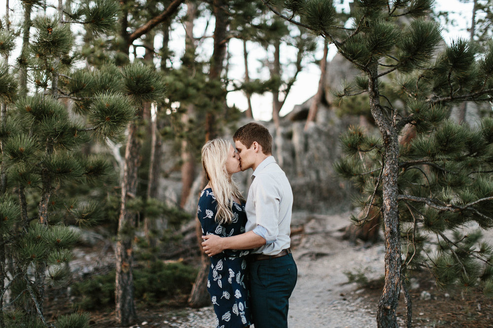 SiouxFalls_BlackHills_Adventure_Engagement_Wedding_Photographer_76.jpg