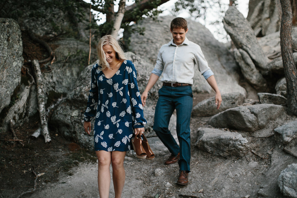 SiouxFalls_BlackHills_Adventure_Engagement_Wedding_Photographer_77.jpg