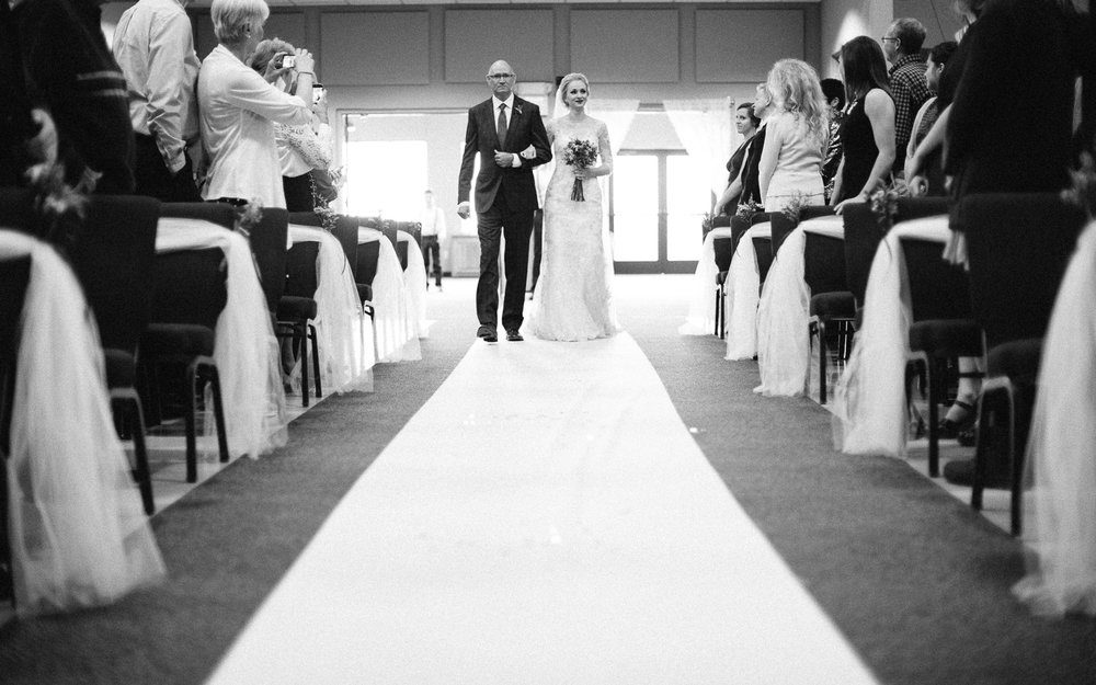 Jenna&Austin_SiouxFalls_Wedding_Photography_25.jpg