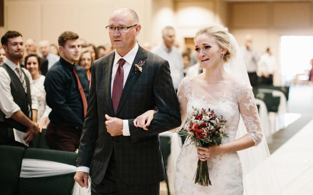 Jenna&Austin_SiouxFalls_Wedding_Photography_26.jpg