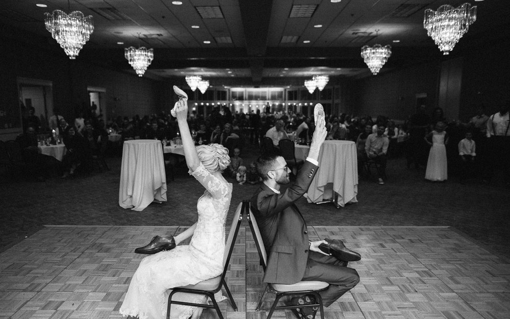 Jenna&Austin_SiouxFalls_Wedding_Photography_36.jpg
