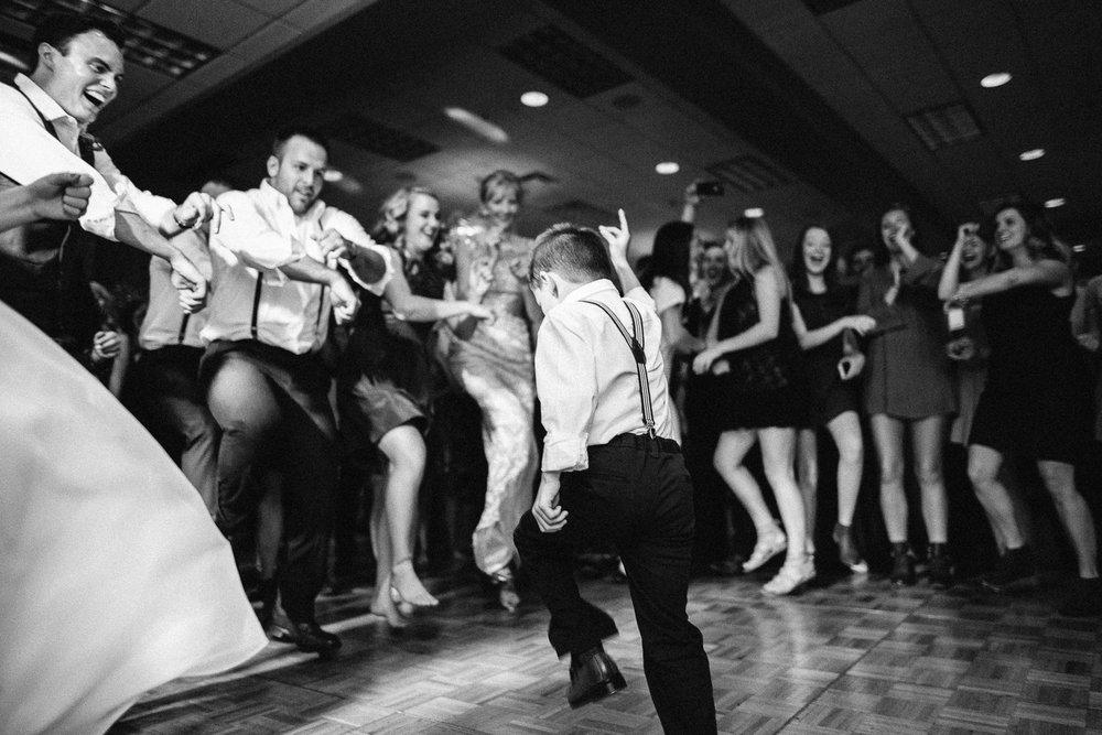 Jenna&Austin_SiouxFalls_Wedding_Photography_42.jpg