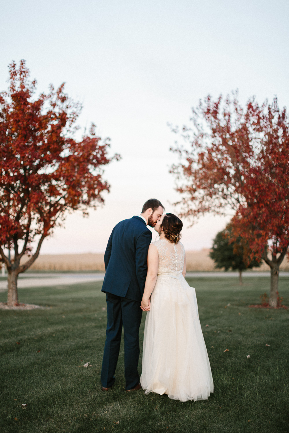 SiouxFalls_Fall_Wedding_Photographer_Oct_25.jpg