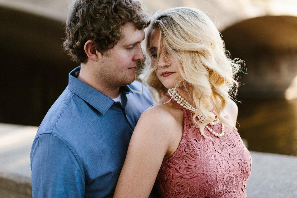 Maddie&Blake_SiouxFalls_Engagement_Wedding_Photographer_06.jpg