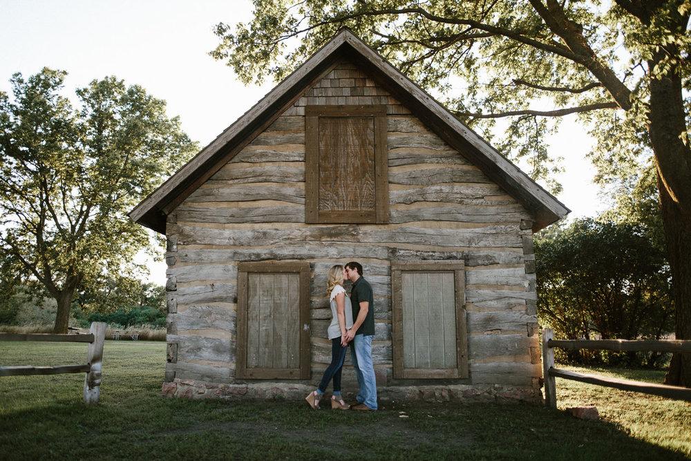 Maddie&Blake_SiouxFalls_Engagement_Wedding_Photographer_15.jpg