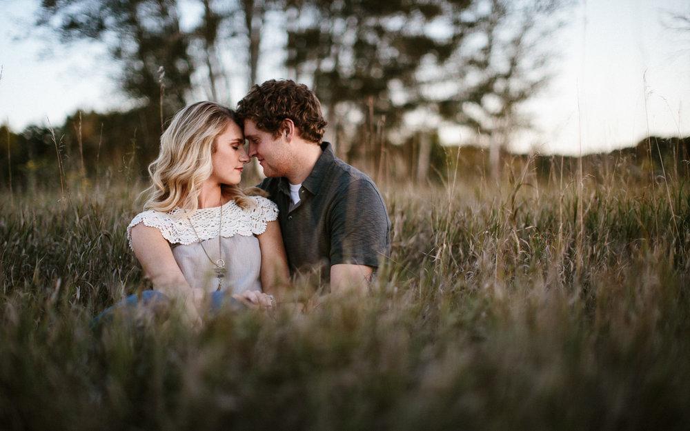 Maddie&Blake_SiouxFalls_Engagement_Wedding_Photographer_32.jpg