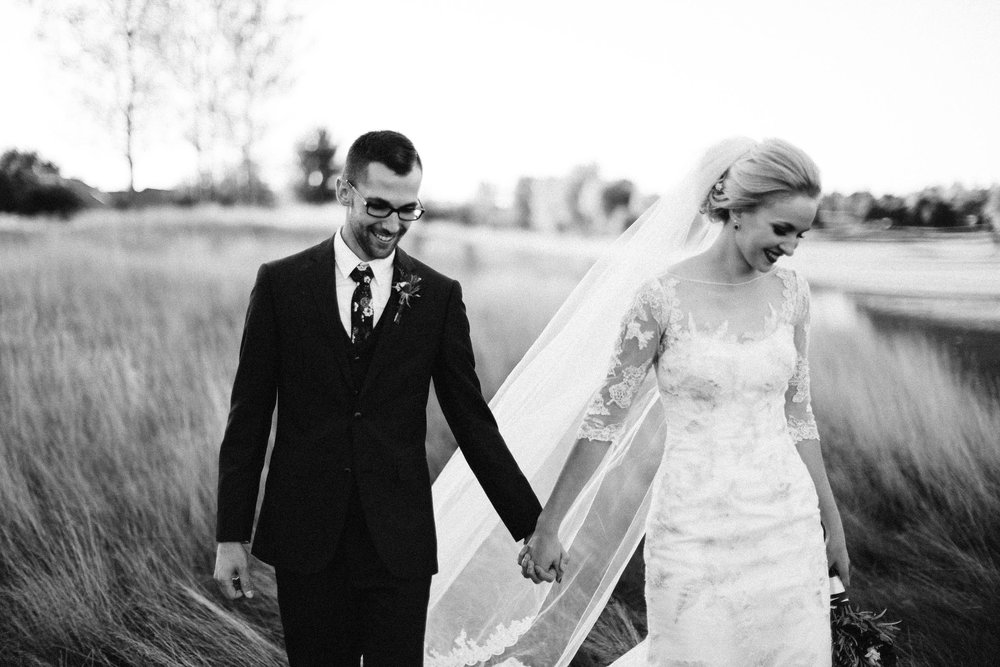 Jenna&Austin_SiouxFalls_Wedding_Photographer_094.jpg