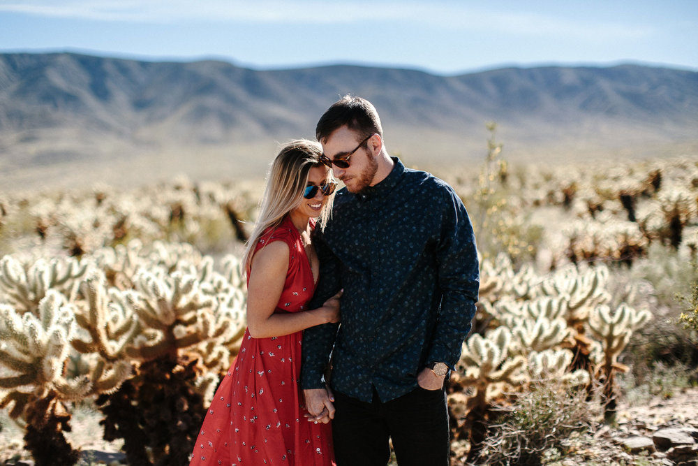 Joshua_Tree_Engagement_Wedding_Elopement_Photogapher_05.jpg