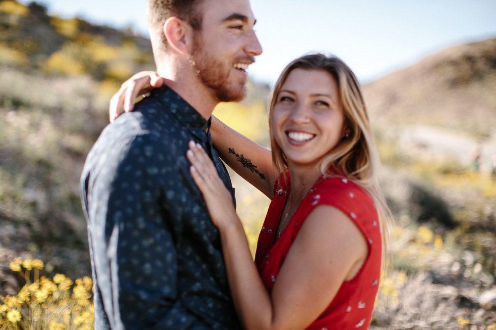 Joshua_Tree_Engagement_Wedding_Elopement_Photogapher_21.jpg