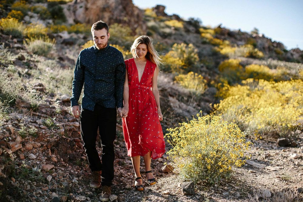 Joshua_Tree_Engagement_Wedding_Elopement_Photogapher_24.jpg