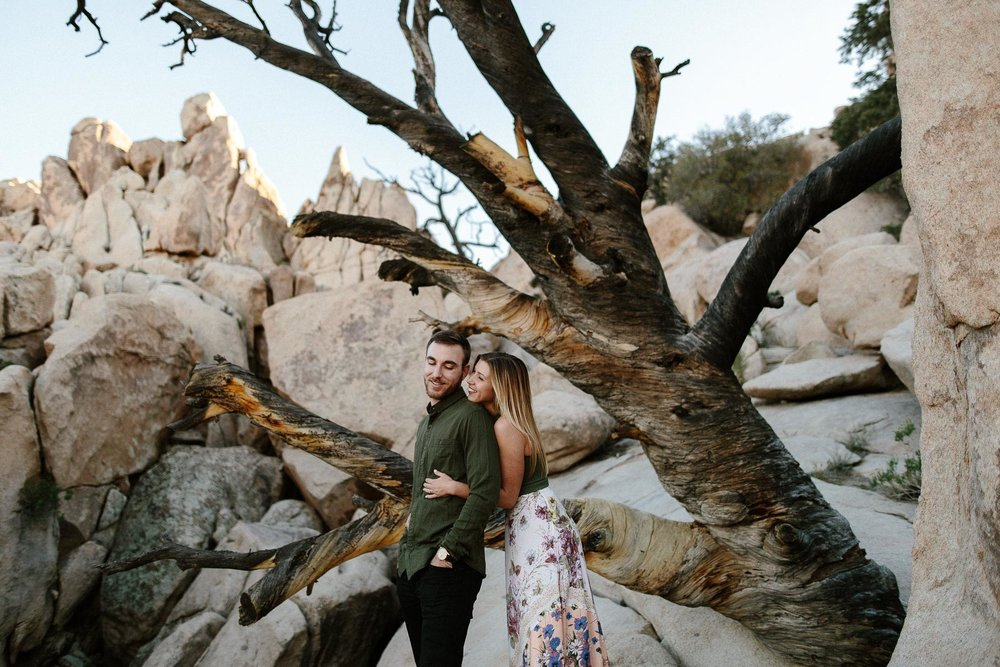 Joshua_Tree_Engagement_Wedding_Elopement_Photogapher_54.jpg