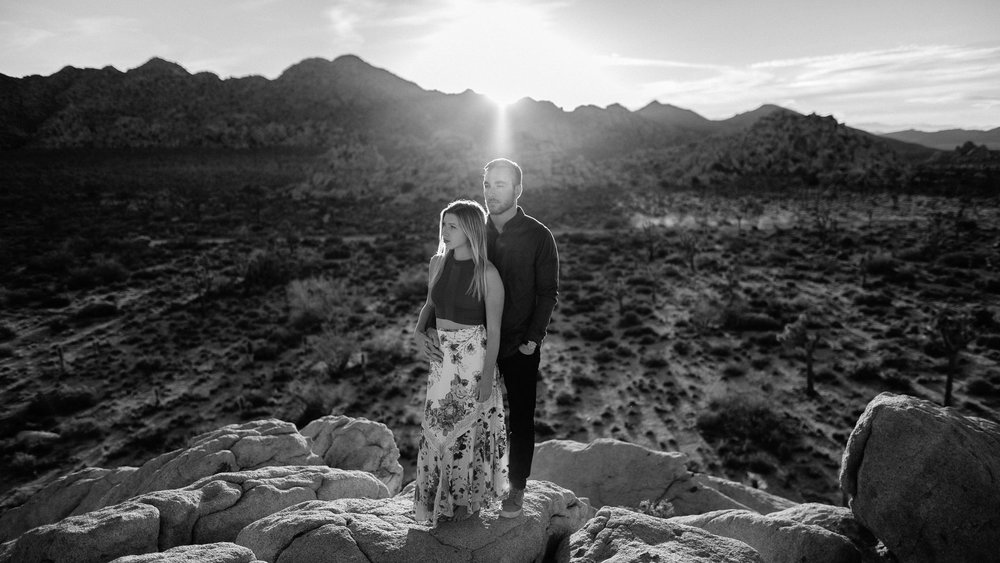 Joshua_Tree_Engagement_Wedding_Elopement_Photogapher_64.jpg