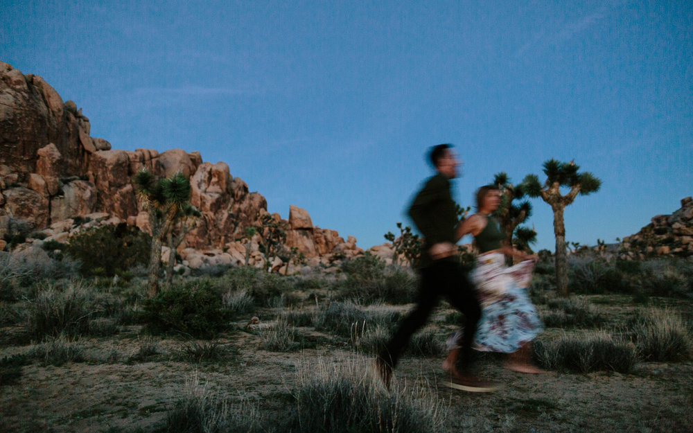 Joshua_Tree_Engagement_Wedding_Elopement_Photogapher_89.jpg