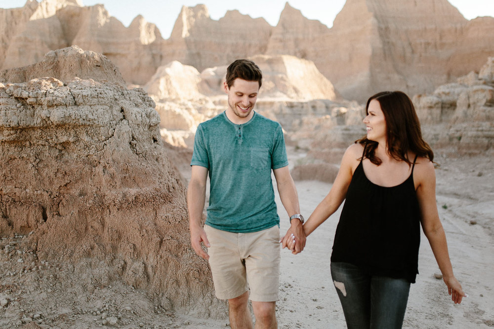 Alyssa&Forrest_Badlands_Adventure_Engagement_08.jpg