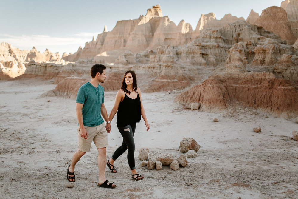 Alyssa&Forrest_Badlands_Adventure_Engagement_09.jpg