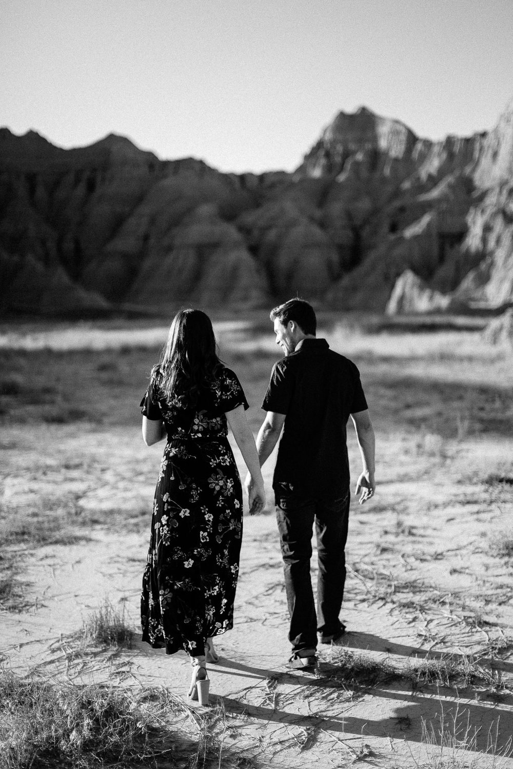 Alyssa&Forrest_Badlands_Adventure_Engagement_17.jpg