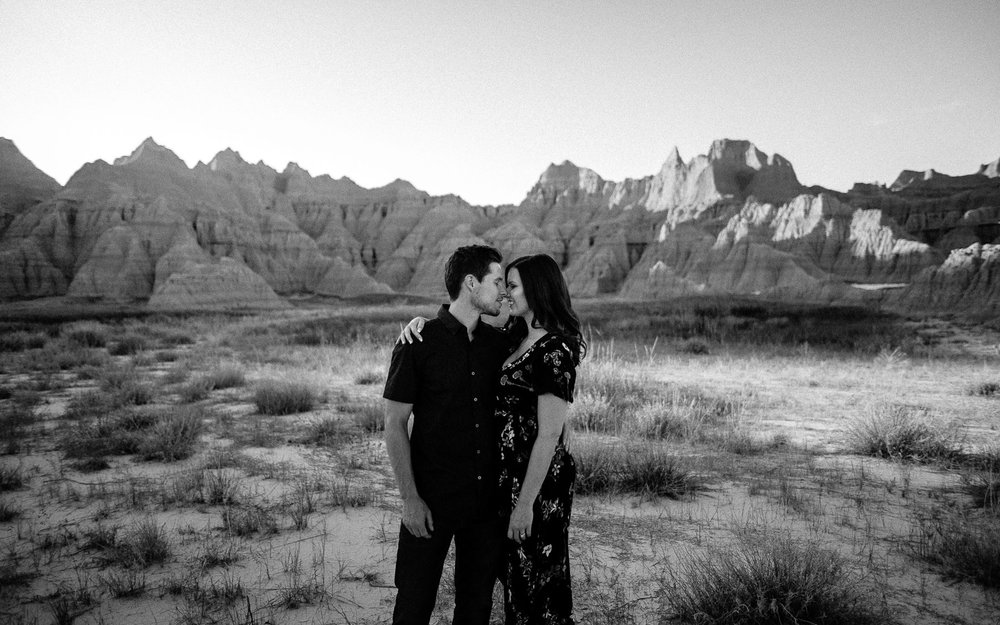 Alyssa&Forrest_Badlands_Adventure_Engagement_19.jpg