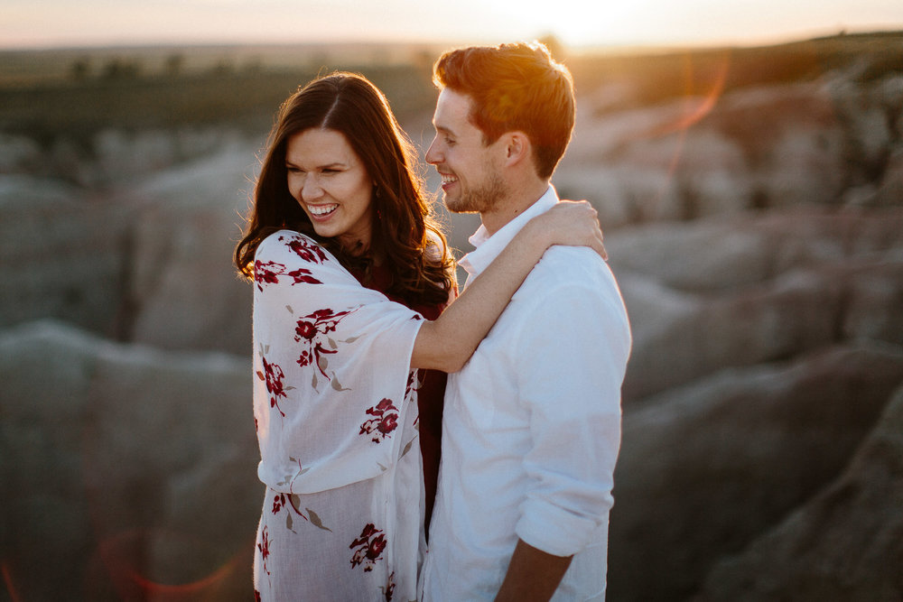 Alyssa&Forrest_Badlands_Adventure_Engagement_40.jpg