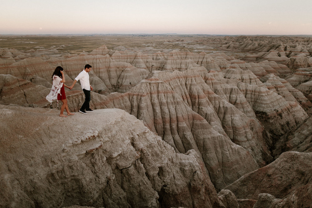 Alyssa&Forrest_Badlands_Adventure_Engagement_44.jpg