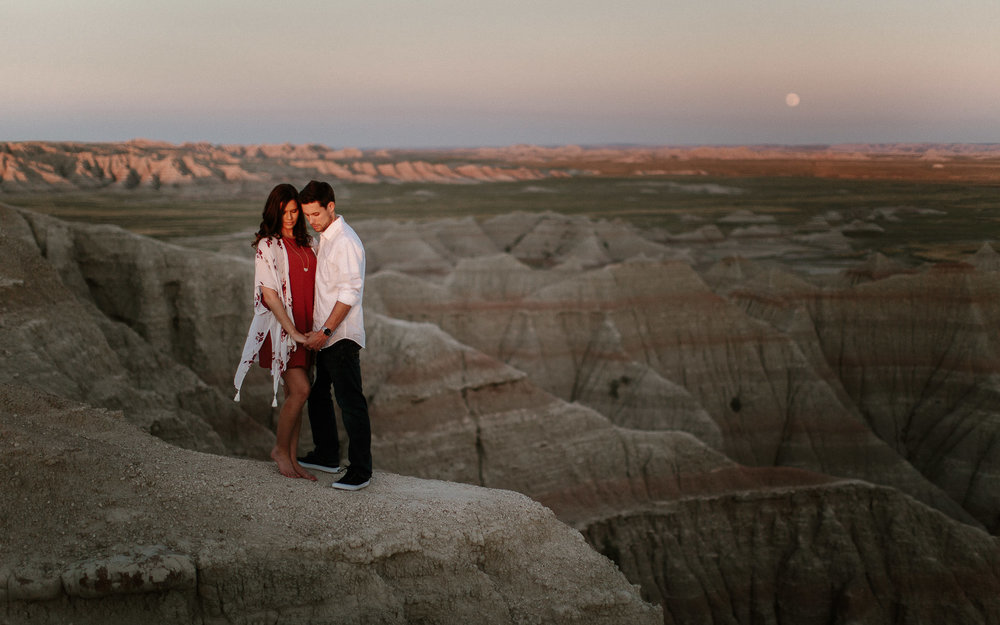 Alyssa&Forrest_Badlands_Adventure_Engagement_45.jpg