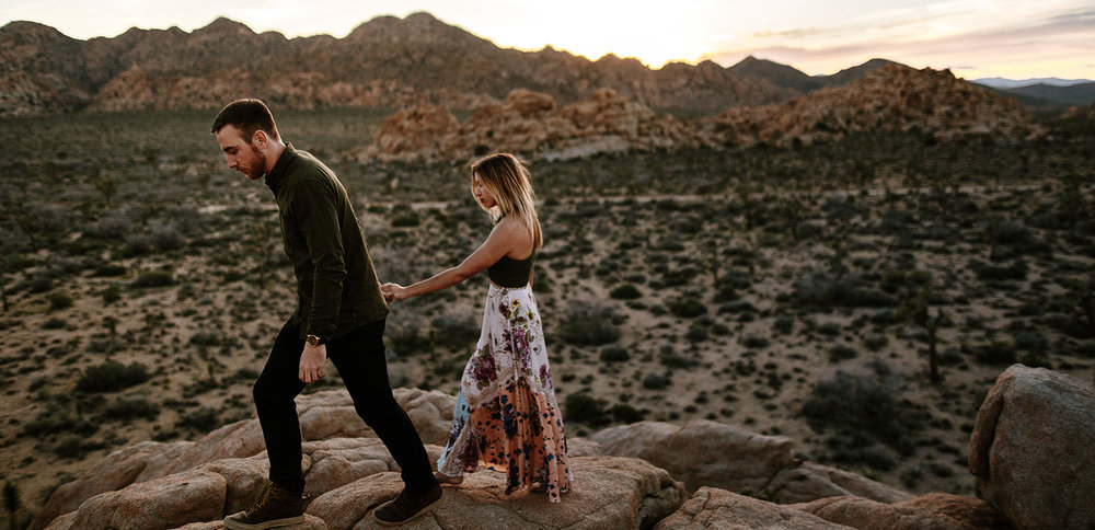 JoshuaTree_Engagement_Sunset.jpg
