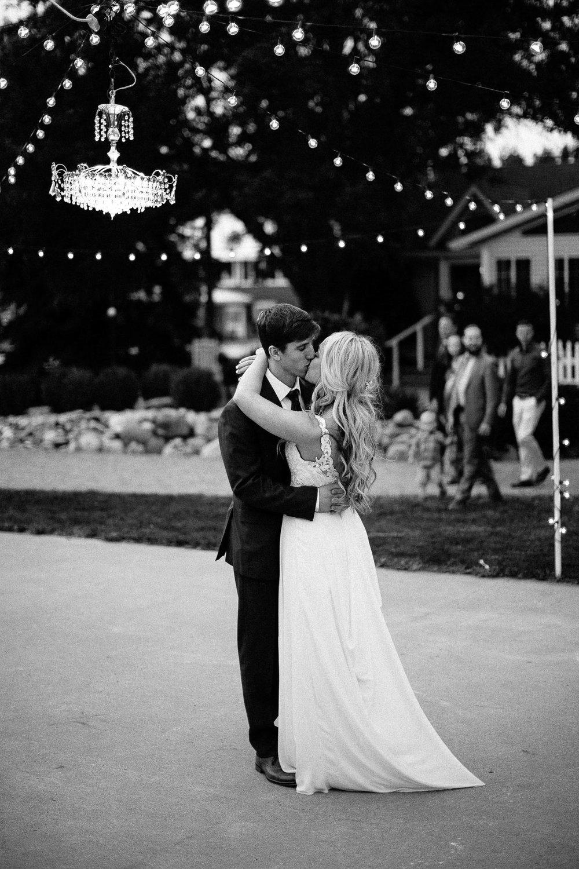 Intimate_Farmhouse_SD_Wedding_Bridgette_Philip_061.jpg