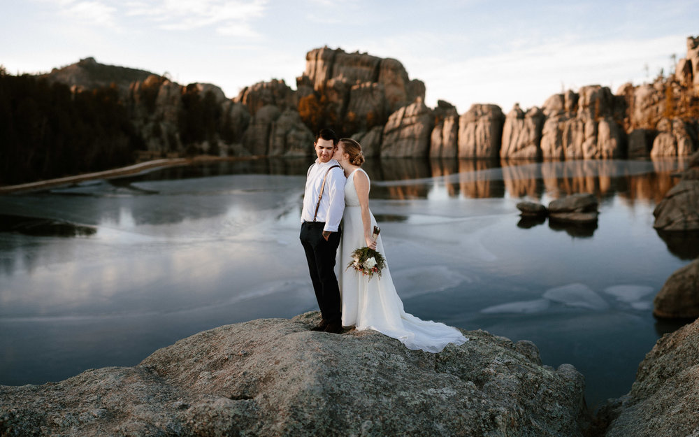 sioux-falls-black-hills-rapid-city-elopement-wedding-adventure-photographer-custer-sylvan-lake-29.jpg