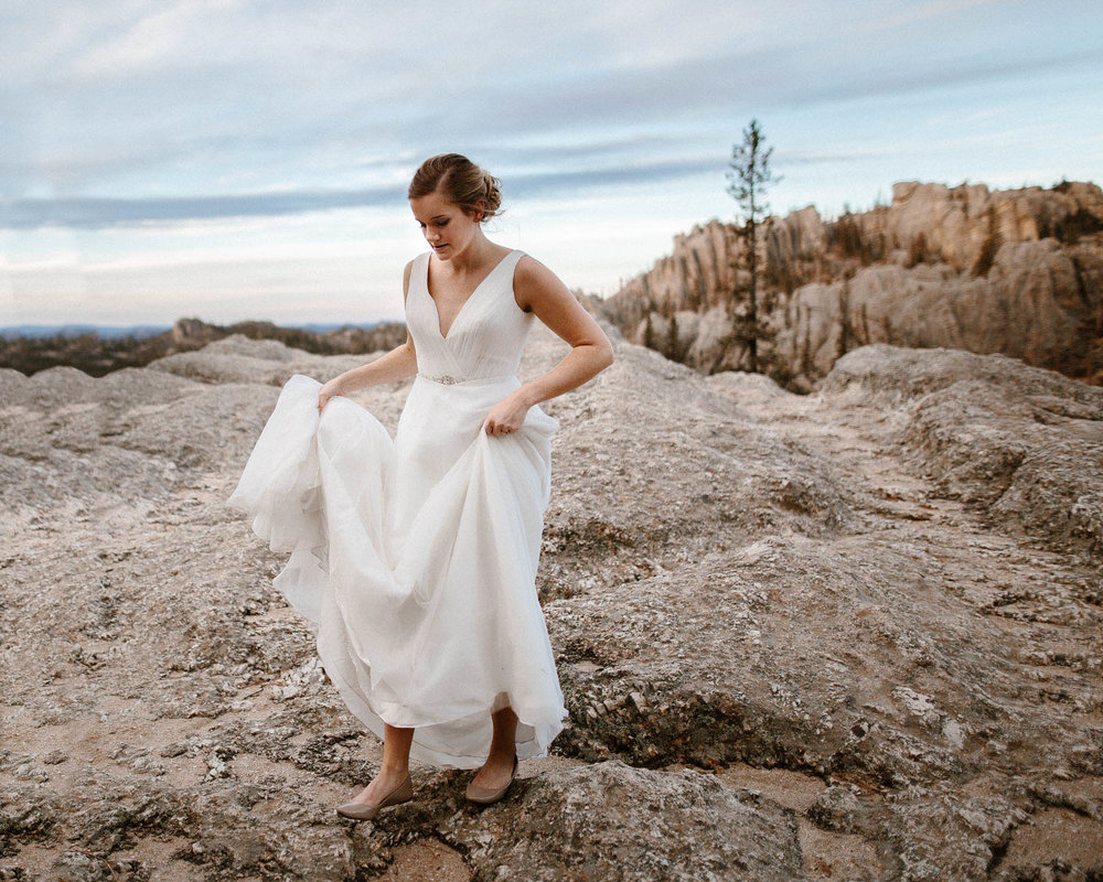 sioux-falls-black-hills-rapid-city-elopement-wedding-adventure-photographer-custer-sylvan-lake-58.jpg