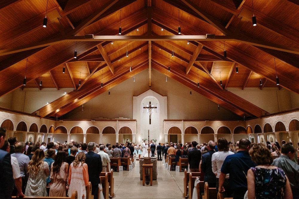 meadow-barn-wedding-sioux-falls-south-dakota-romantic-adventerous-michael-liedtke-photography026.jpg