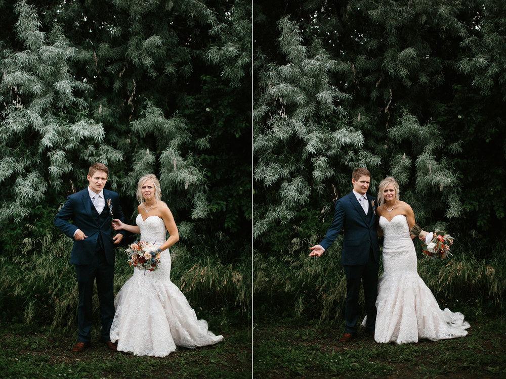 meadow-barn-wedding-sioux-falls-south-dakota-romantic-adventerous-michael-liedtke-photography087.jpg