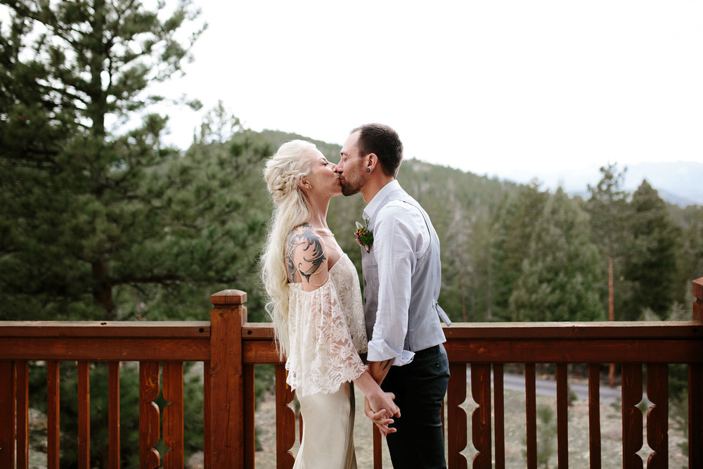 bucci-barn-wedding-elopement-evergreen-boulder-denver-colorado-adventerous-romantic-timeless-036.jpg