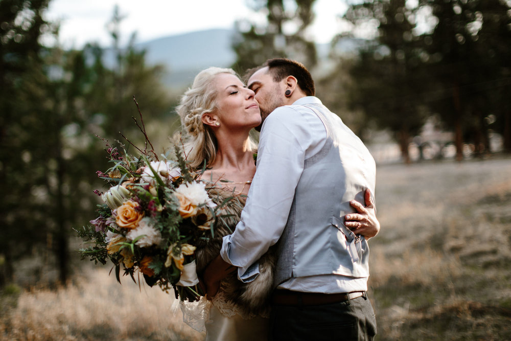 bucci-barn-wedding-elopement-evergreen-boulder-denver-colorado-adventerous-romantic-timeless-089.jpg