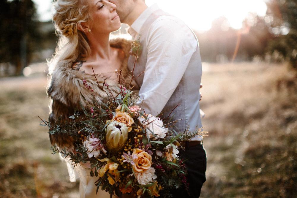 bucci-barn-wedding-elopement-evergreen-boulder-denver-colorado-adventerous-romantic-timeless-092.jpg