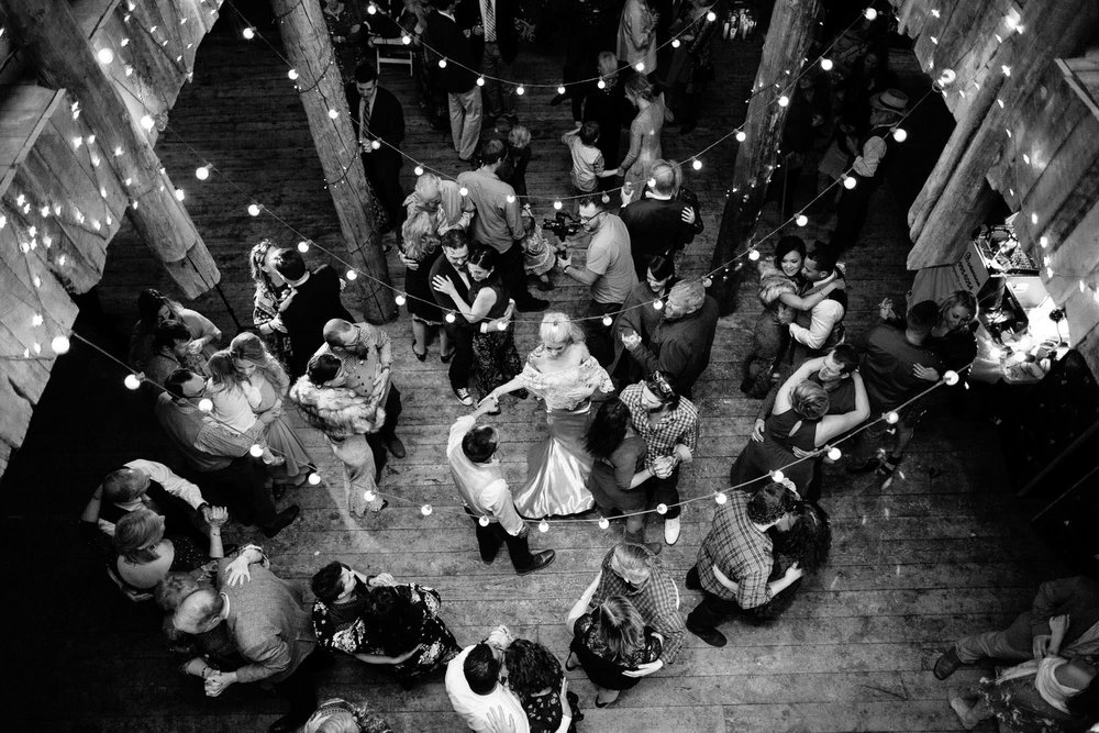 bucci-barn-wedding-elopement-evergreen-boulder-denver-colorado-adventerous-romantic-timeless-108.jpg