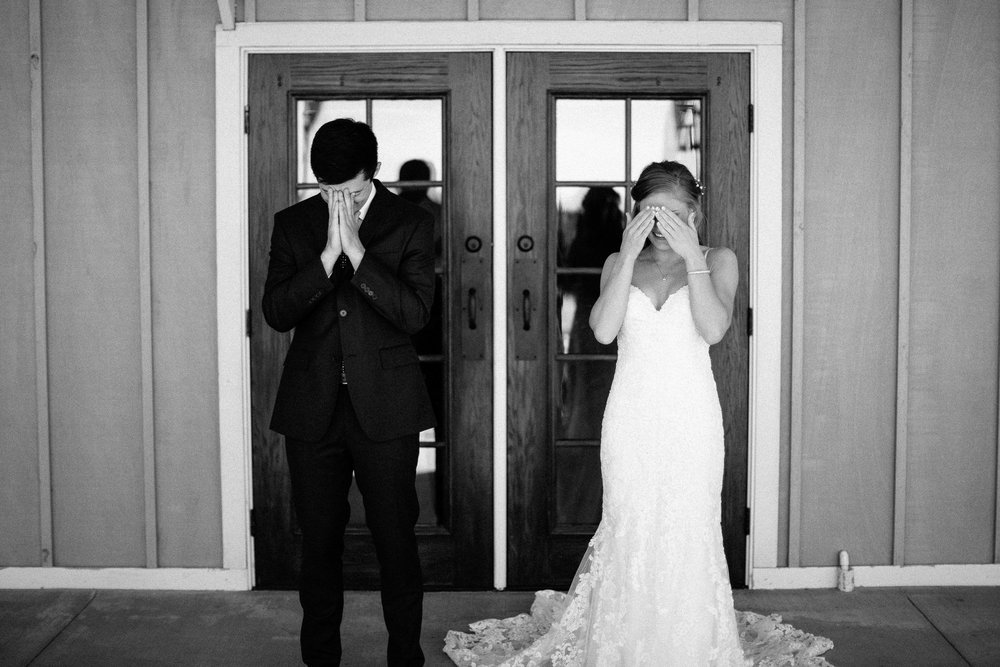 wedding-elopement-adventerous-romantic-timeless-south-dakota-blue-haven-barn-017.jpg