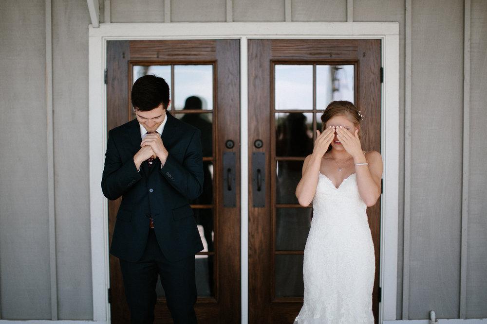 wedding-elopement-adventerous-romantic-timeless-south-dakota-blue-haven-barn-018.jpg