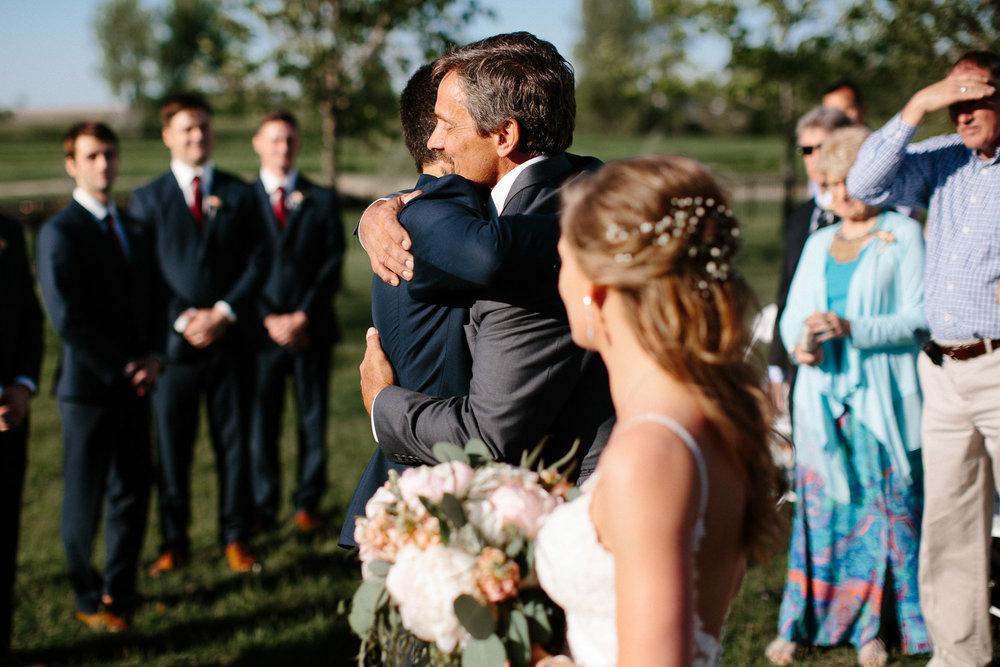 wedding-elopement-adventerous-romantic-timeless-south-dakota-blue-haven-barn-038.jpg