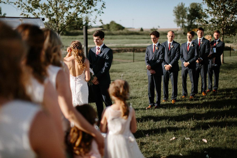 wedding-elopement-adventerous-romantic-timeless-south-dakota-blue-haven-barn-042.jpg