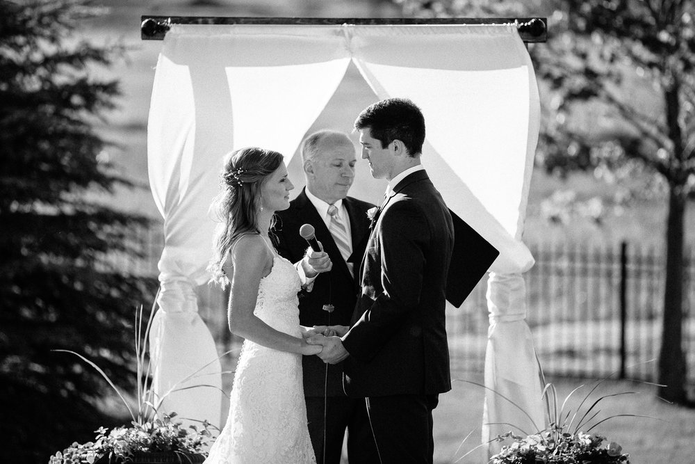 wedding-elopement-adventerous-romantic-timeless-south-dakota-blue-haven-barn-045.jpg