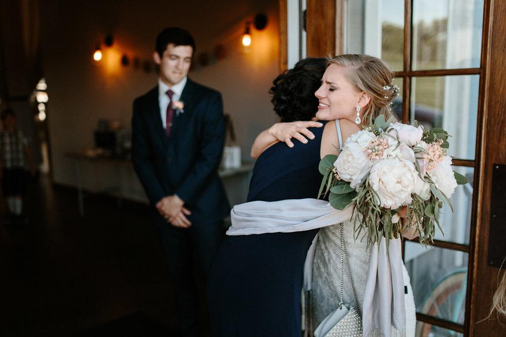 wedding-elopement-adventerous-romantic-timeless-south-dakota-blue-haven-barn-065.jpg