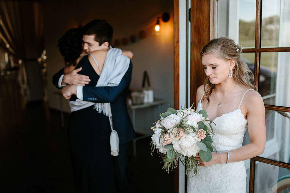 wedding-elopement-adventerous-romantic-timeless-south-dakota-blue-haven-barn-067.jpg